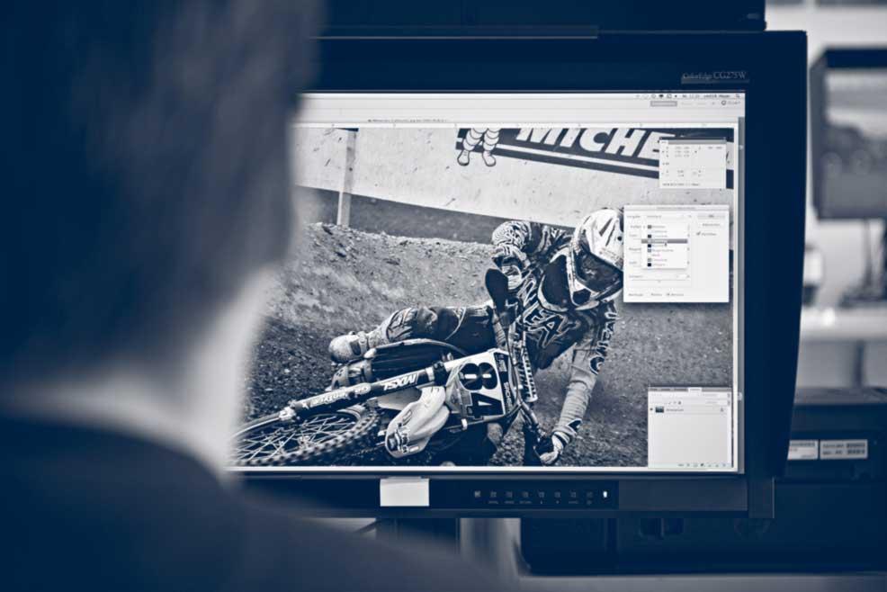 Durch unsere Bildbearbeitung bringen wir die Publikationen unserer Kunden aus dem Bereich Corporate Publishing zum Strahlen
